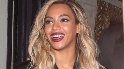 Pretty Damning Evidence that Beyonce is Photoshopping Her Instagram Pics
