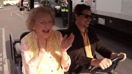 Betty White's 93rd Birthday Flash Mob
