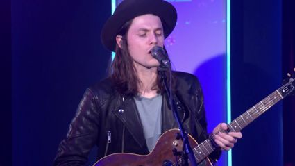 James Bay covers Rihanna And Kanye West And Paul McCartney's FourFiveSeconds