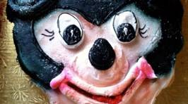 Terrifying Disney Cake Fails
