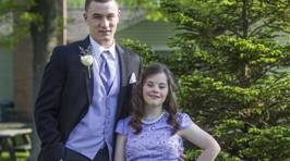 Quarterback Takes Friend With Down Syndrome to Prom, Fulfilling Elementary School Promise