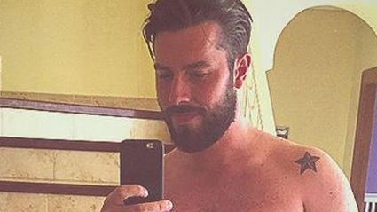 Guy Posts Selfie On Instagram, Gets Heaps Of New Followers & Finds Out Hilarious Reason Why