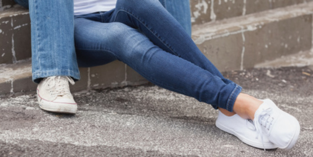 Skinny Jeans Cause Woman's Collapse
