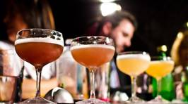 Here's How You Can Get Served First at the Bar