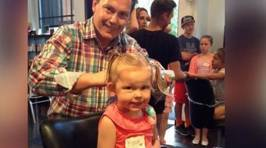Helpful Hair Salon Teaches Dedicated Dads How to Style Their Daughter's Hair