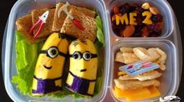 Dad Makes Most Amazing School Lunches!