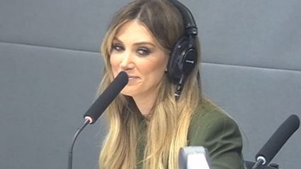 ZMTV: Delta Goodrem Calls Local Whakatane Radio Station To Request Her Own Song