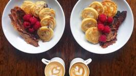 These Pictures Of Symmetrical Breakfasts Are Just Perfect