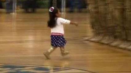 Little Girl Interrupts Military Service to Hug Her Soldier Dad