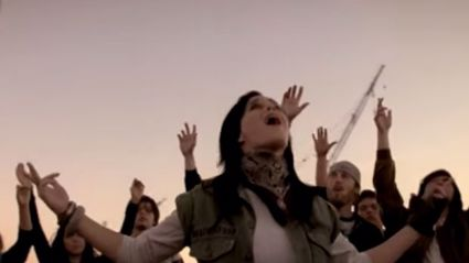 Katy Perry Was A Backing Vocalist For P.O.D. In 2006