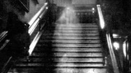 These Two Sentence Horror Stories Are Terrifying
