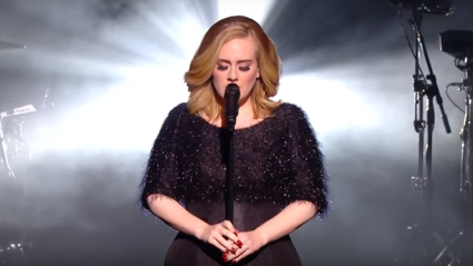 "Adele Performed ""Hello"" Live For the First Time And It Was Glorious"