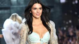 Victoria's Secret Fashion Show Runway Photos 2015