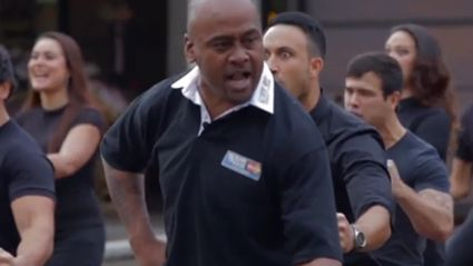 VIDEO: Jonah Lomu Performs Last Haka As Part of 2015 Rugby World Cup Celebrations