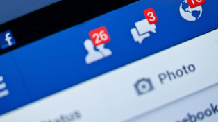 Kiwi Guy Goes Viral After Leaving His Facebook Logged In on Ex's iPad and Dissing Her