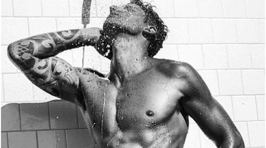 Photos - Hot Dudes in the Shower