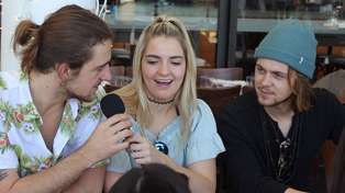 Photos: Guy and Georgia Brunching With R5!