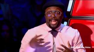 Awkward! Will. I. Am Accidentally Spins Around For Hopeful Wannabe on The Voice
