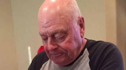 Why Twitter Users Everywhere Are Super Sad For This Old Man :(