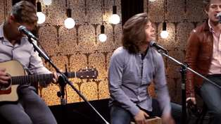 """Hanson Says You've Been Singing """"MMMBop"""" Wrong For 20 Years"""