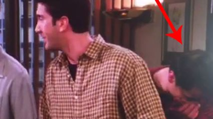 Matt LeBlanc Breaking Character in This 'Friends' Scene is the Best