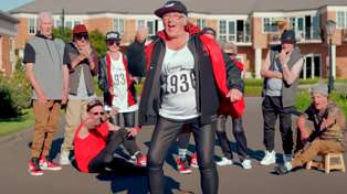 """A Bunch of 80-Year-Old Kiwis Recreated Taylor Swift's """"Shake It Off"""""""