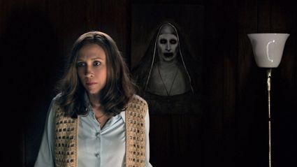 """Conjuring"" Fans Get Absolutely Terrified in Post-Film Prank"