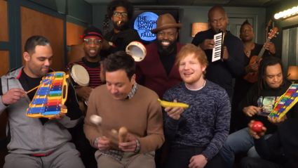 "Ed Sheeran, Jimmy Fallon and The Roots sing ""Shape of You"" with classroom instruments"