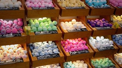 People have found a whole other use for Lush bath bombs