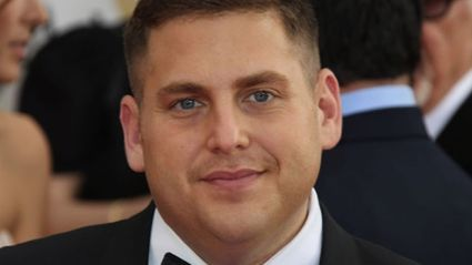 Jonah Hill shows off impressive weight loss!