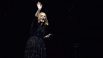 Adele's hilarious reaction to beetle attack at Auckland show