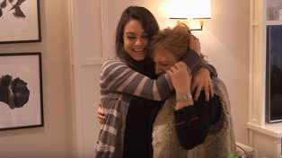 Watch Mila Kunis surprise her parents with an ADORABLE home makeover!