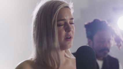 Anne Marie performs acoustic version of  'Alarm'