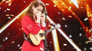 Incredible deaf singer-songwriter gets the Golden Buzzer on America's Got Talent!