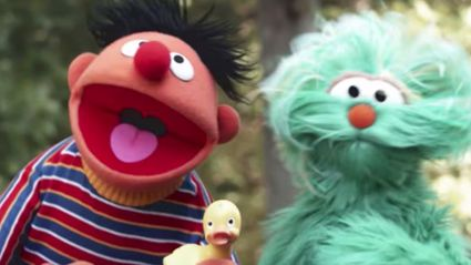 The Sesame Street clan have covered 'Despacito'!