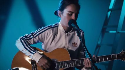 Why is Amy Shark's EP called 'Night Thinker'?