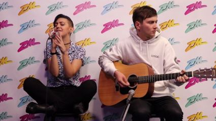 Openside performs acoustic cover of 'The Middle'