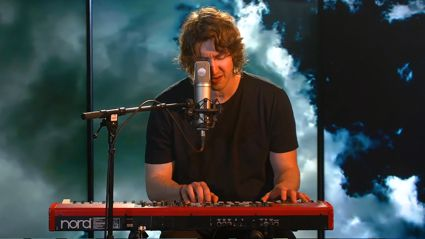 Dean Lewis Acoustic Performance of 'Be Alright'
