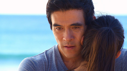 On-screen Home & Away couple announce their real life engagement!