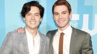Cole Sprouse joins KJ Apa in New Zealand and rides bull