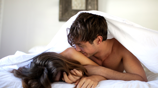 10 IRL sex scenarios that you never see on TV