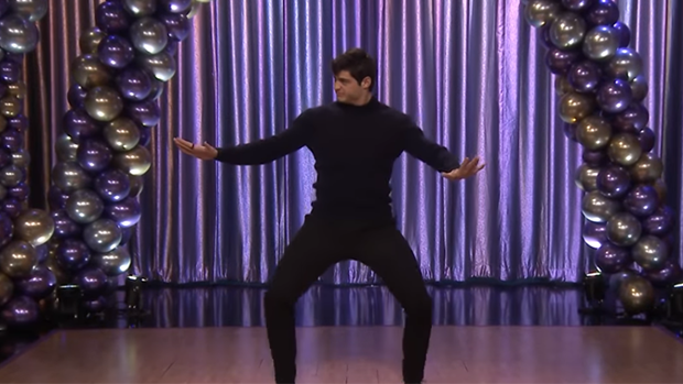Noah Centineo gets his grind on with Jimmy Fallon in dance