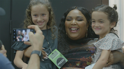 Lizzo reacts to her biggest little fans, Indie and August