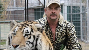 Tiger King is being made into a TV show by Ryan Murphy and Rob Lowe!