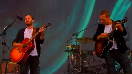 Kings of Leon Joined On Stage By Chris Martin